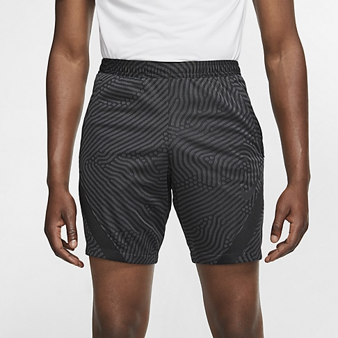 Short Nike Dri-FIT Strike Masculino